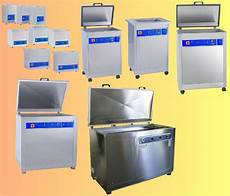 vasche ad ultrasuoni lavaggio pezzi meccanici con lavatrici digitali