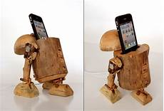 Sachen Aus Holz Bauen - dock the jedi way with the r2 d2 wooden iphone dock