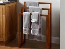 Bathroom Ideas Towels by Bathroom Towel Decorating Ideas The Romancetroupe