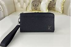louis vuitton m69407 lv zippy dragonne wallet in louis vuitton m69409 lv zippy dragonne wallet in black