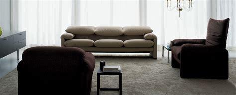 675 Maralunga Divano Sofas By Vico Magistretti
