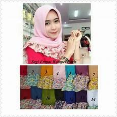 Model Jilbab Segi Empat Rempel Motif Bunga Terbaru