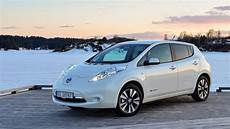 2016 nissan leaf review 2016 nissan leaf could benefit from larger battery and 105