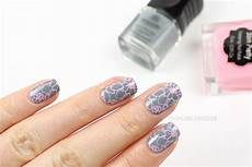 Nails Reloaded Nageldesign Grau Rosa Floral
