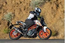 ktm 390 duke 2018 2018 ktm 390 duke road test review