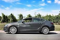 Angetestet Opel Astra J Limousine 2012 Opelz De