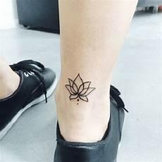 Tatouage Lotus Significations Et Illustrations