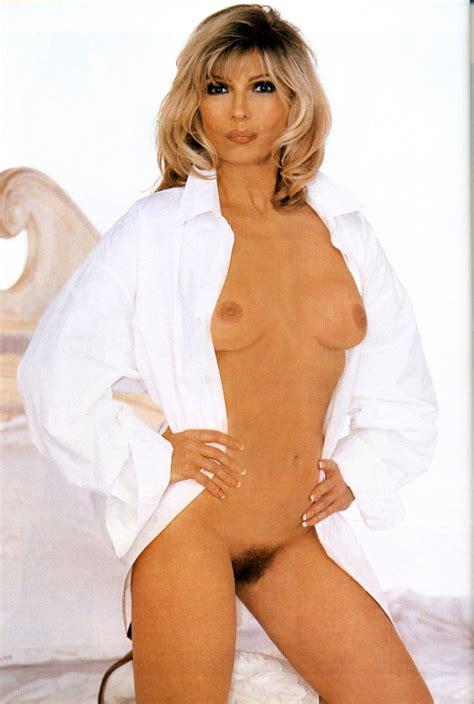 Nude Ordinary Women Photo