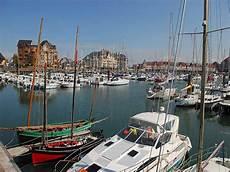 Dives Cabourg Houlgate Harbour Port Guillaume Tourisme