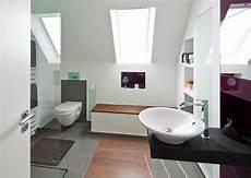 kleines badezimmer stauraum elternbad mit ger 228 umiger sitzbank und viel stauraum