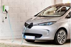 Renault A Franchi Le Cap Des 100 000 Batteries Lou 233 Es Sur
