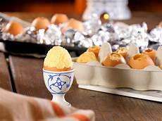 Kuchen Im Ei So Gelingt Die Oster 220 Berraschung Lecker