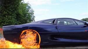 Watch A Jaguar XJ220 Set Fire To Itself  Top Gear