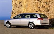 Opel Vectra Caravan Specs Photos 2002 2003 2004
