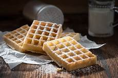 how to make waffles without a waffle maker easy