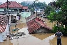 Rumah Kebanjiran Catatan Nisa