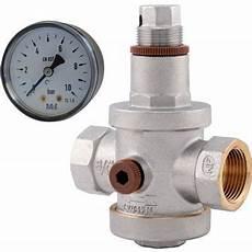 reducteur de pression avec manometre r 233 ducteur de pression 224 membrane f20x27 castorama