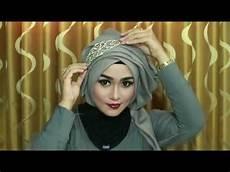 Model Jilbab Untuk Kondangan Voal Motif