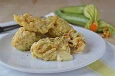 fior di zucchine in pastella fiori di zucchine ripiene in pastella filanti status mamma
