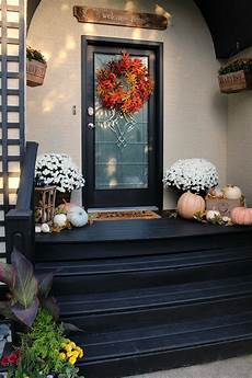 Decorations For A Front Porch by 18 Fabulously Inspiring Fall Front Porches The Happy Housie