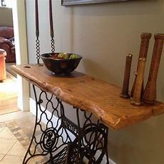 fabriquer une console en bois this table is made with a vintage singer sewing machine