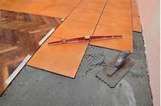 Hochwertige Baustoffe Feinsteinzeug Wandfliesen Verlegen