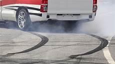 assistance au freinage d urgence freinage automatique d urgence ou aeb ornikar