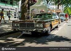 town and country berlin berlin june 2018 size car chrysler town country