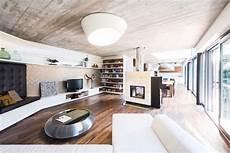 einfamilienhaus sideboard fuer in wohnbereich integrierte sideboards regale und sitzbank