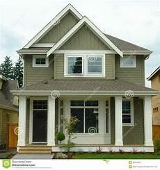 new home house exterior image of setting