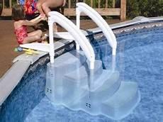escalier pour piscine enterrée equipement de piscine march 233 de la piscine