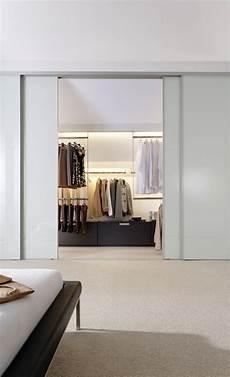 Begehbarer Kleiderschrank Mit Schiebet 252 Ren Ankleidezimmer
