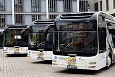 öffentliche verkehrsmittel verkehr