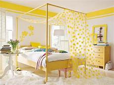 Yellow And Green Bedroom Decorating Ideas by 22 Bright Interior Design And Home Decorating Ideas With