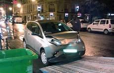 autolib conducteur en autolib 231 a peut faire mal voiture electrique