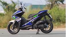 Modifikasi Aerox 155cc by Inpirasi Custom Yamaha Aerox 155 Bergaya Movistar Yamaha