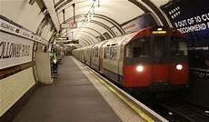 ou se garer a pour prendre le metro m 233 tro 224 londres tarifs plan cartes lignes et horaires