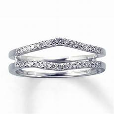 2 wedding bands or diamond enhancer that looks like 2 bands show me your pics
