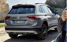 volkswagen tiguan offroad gets revealed in moscow