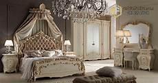 Kamar Set Tempat Tidur Mewah Syahrini Princess Ukir