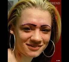maquillage vire quand le maquillage permanent vire au drame source