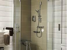 panneaux muraux pour salle de bain panneaux muraux tanches pour habiller la leroy