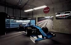 Rennsimulator Formel 1 Das Rennduell In Berlin Mydays