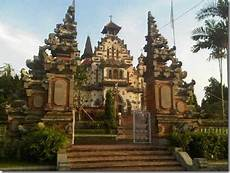 Mengaku Backpacker 10 Gereja Paling Eksotik Di Indonesia