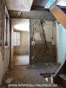 treppenhaus verputzen kosten treppenhaus sanierung lehmputz haus