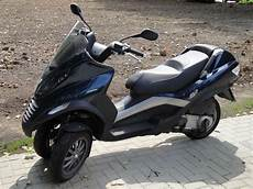 file piaggio mp3 250ie jpg wikimedia commons