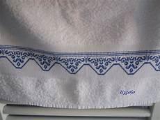 punto croce asciugamani bagno uzzolo asciugamani ricamati a punto croce