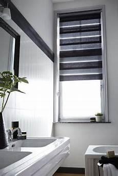 fenêtres de toit habillage de fen 234 tre salle de bain id 233 e de travaux et
