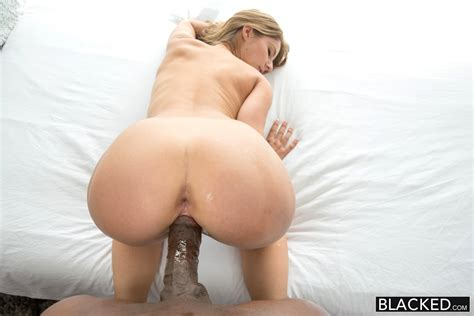 Chubby Missionary Sex