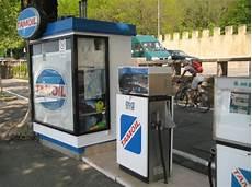tanken in italien kraftstoffpreise benzin diesel und autogas lpg in